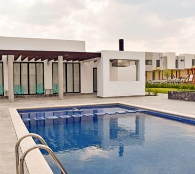 Foto de casas en venta en El Refugio, Querétaro, Alanna Residencial, amenidades, alberca.