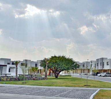 Foto de casas en venta en El Refugio, Querétaro, Alanna Residencial, amenidades, áreas verdes.